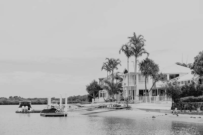 bw shot of noosa house on river