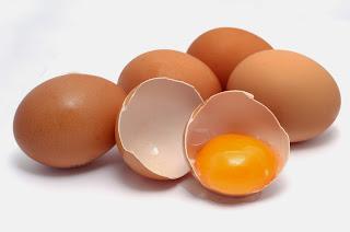 Sở hữu làn da trắng sáng và căng mịn không tỳ vết từ trứng