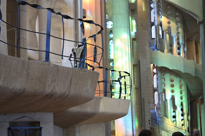 Curved line inside the Sagrada Familia Basilica