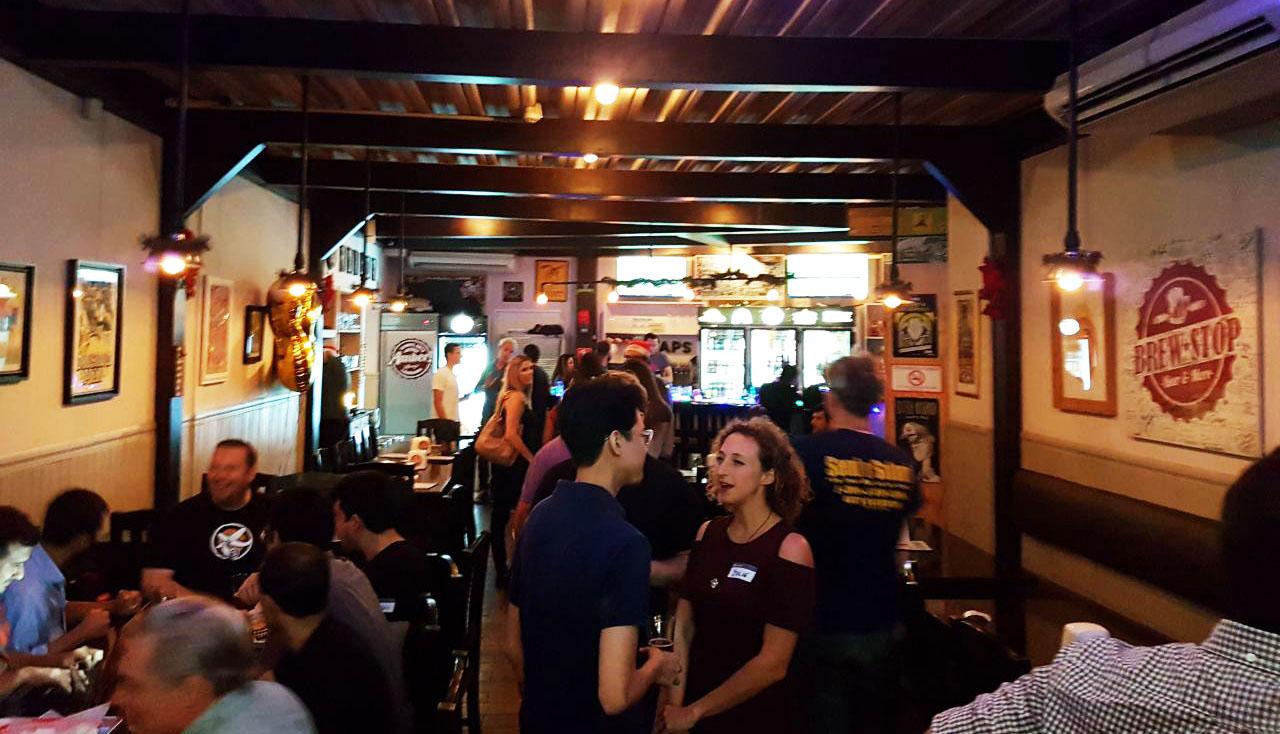 brew stop panama bar crawling pub