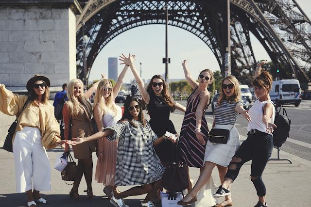 Photoshoot at Eiffel Tower