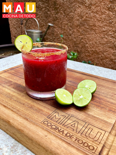 mau cocina de todo mezcalita frutos rojos receta mezcal tequila bebida