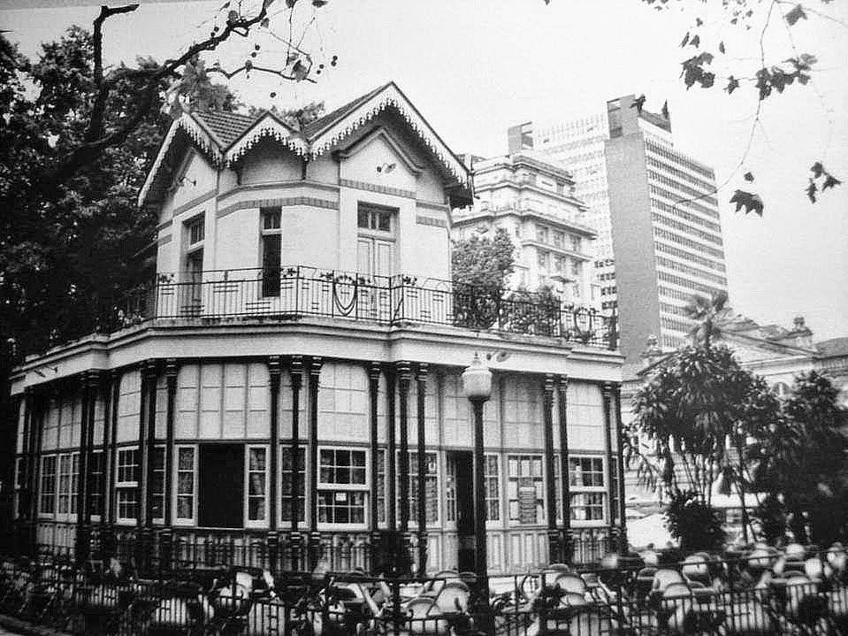 Chalé da Praça XV, na década de 1970, em Porto Alegre