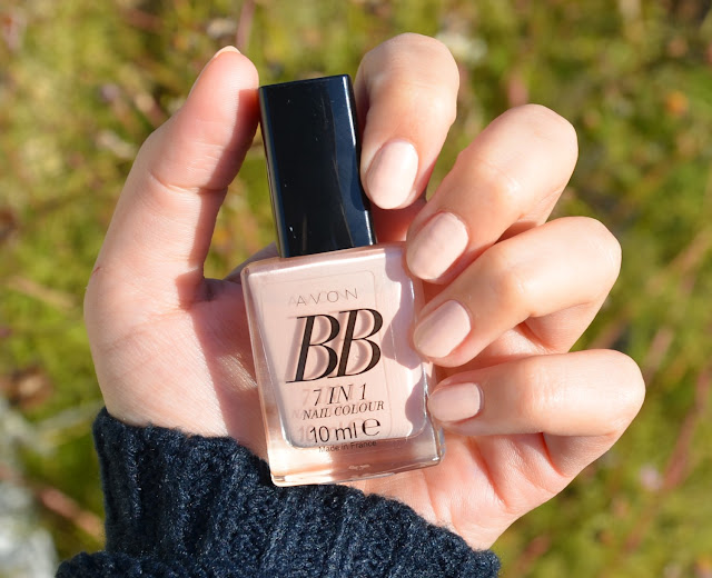 Avon BB 7-in-1 Nail Colour Perfect Pink Swatch
