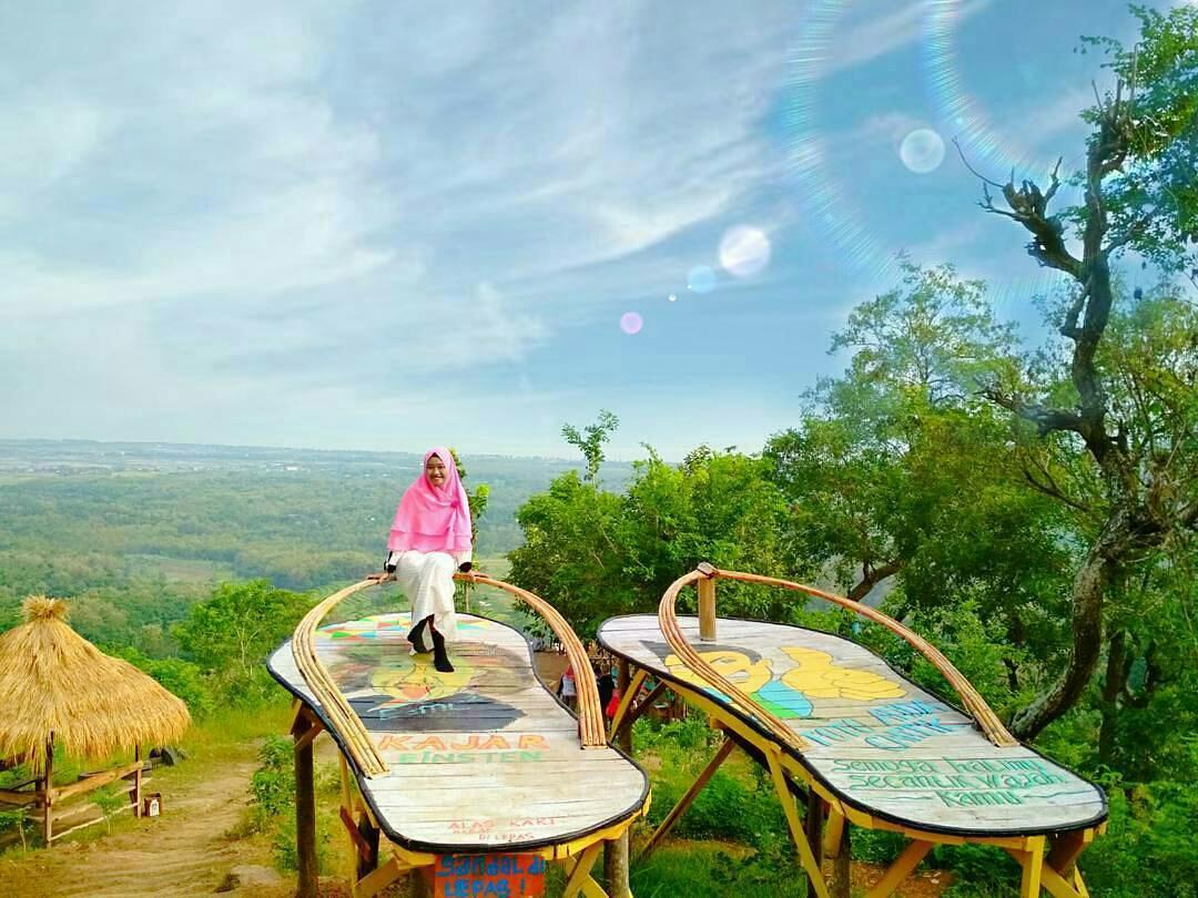 Kawasan Wisata Bukit Kajar Lasem Rembang Spot Menikmati Indahnya