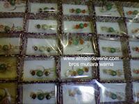 souvenir bros mutiara warna, souvenir pernikahan, Souvenir pernikahan murah,  souvenir bros