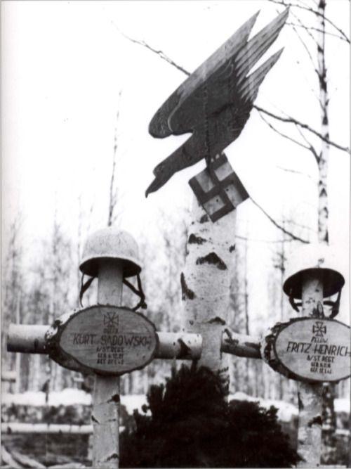 Fallschirmjäger worldwartwo.filminspector.com gravesite