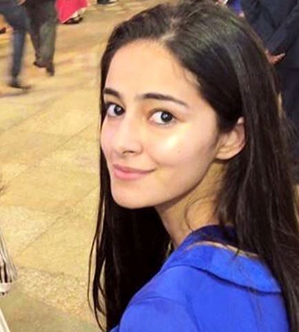Ananya Pandey wiki,biography,dob,family and profile info, Chunky Pandey Daughter Ananya Pandey Debut Movies Name Student Of The Year 2, Ananya Pandey Upcoming Movies List 2018, 2019  Release Dates