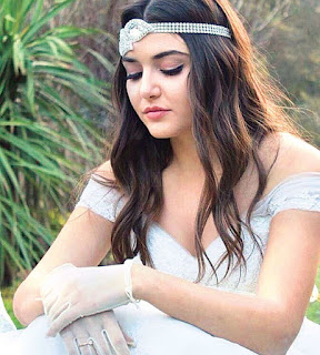BIOGRAFIE: Hande Erçel | Actrița din serialele Așk Laftan Anlamaz și Güneșin Kızları