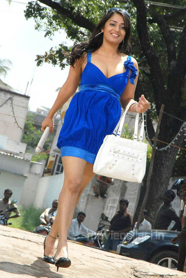 Unseen Tamil Actress Images Pics Hot Nikitha Hot Boobs Cleavage Images-3493