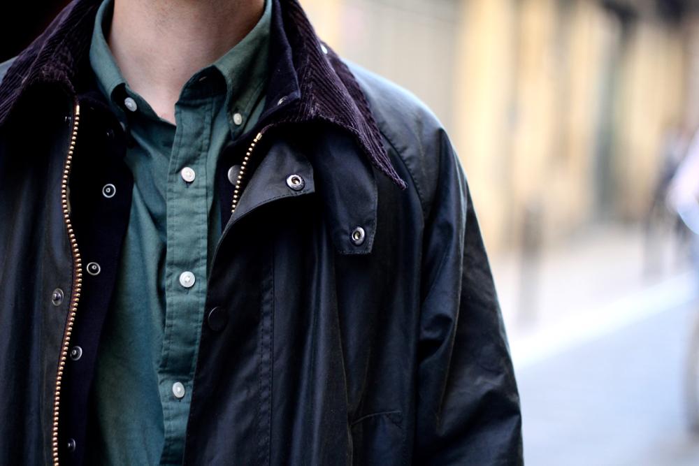 BLOG-MODE-HOMME-VOYAGE-Lifestyle-barbour-bottines-bimatiere-huile-chemise-twill-gant-vert-khaki-bordeaux-paris-style-preppy-chasse - 4