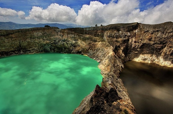 Kelimutu volcano near the town of Moni in central Flores Island, Indonesia