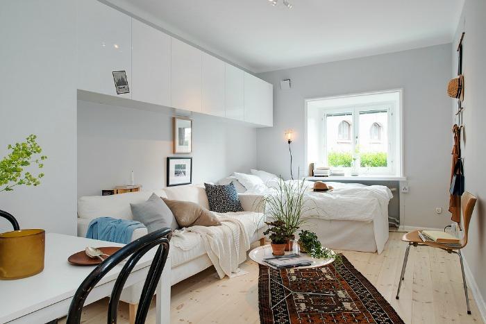 salón comedor, dormitorio y cocina en un mismo espacio