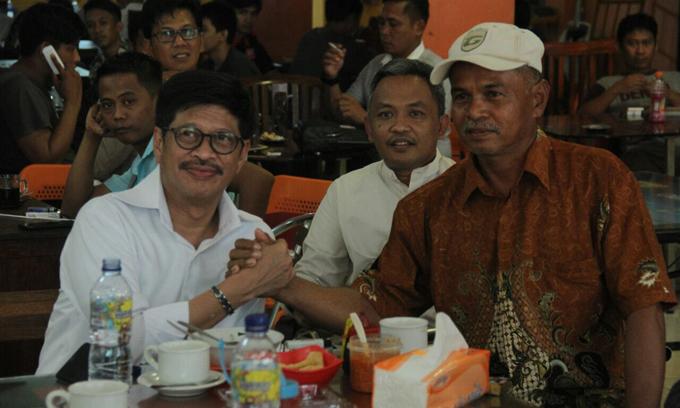 IYL Ngumpul Bareng Kandidat Bupati/Wali Kota Di Kantin PCC