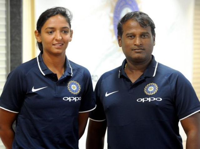 harmanpreet kaur and ramesh powar