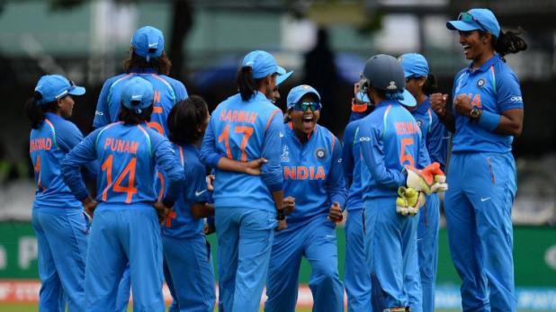 वर्ल्ड चैंपियन बनने के लिए भारत को मिला 229 का लक्ष्य