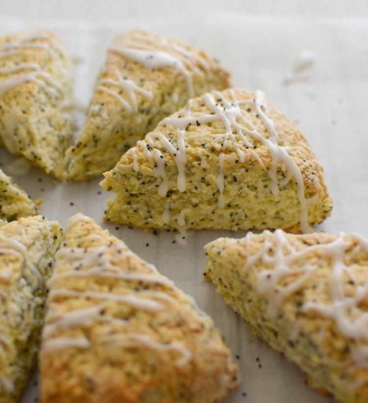 receta de scones de limón y semillas de amapola
