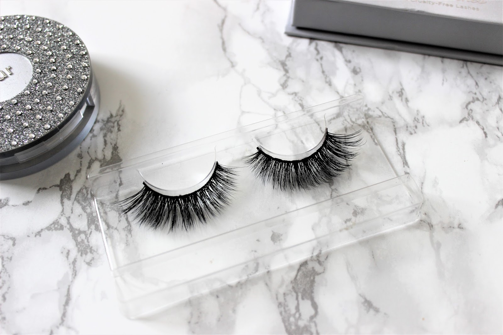 Pur Bombshell lashes