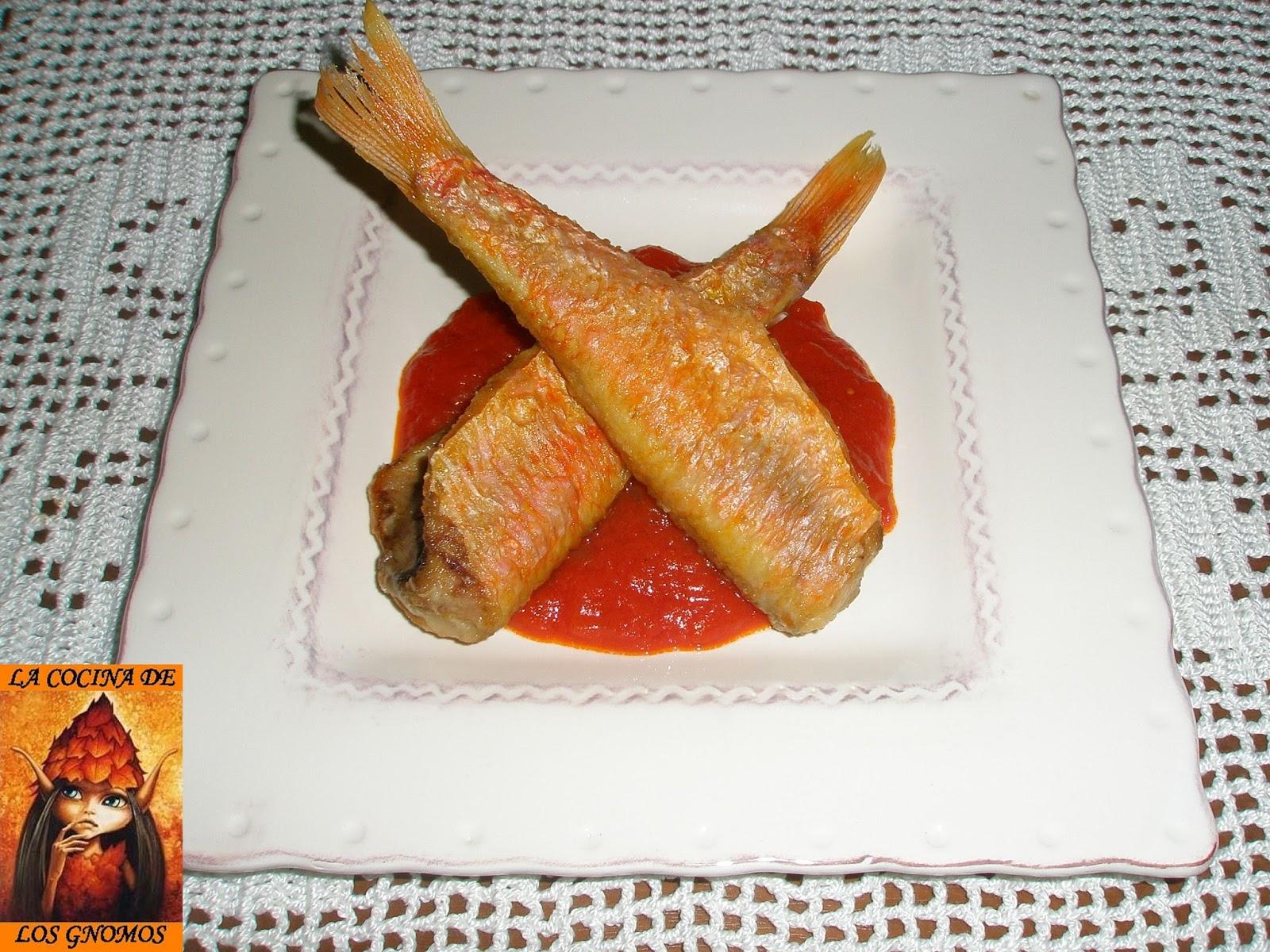 La Cocina De Los Gnomos Salmonetes Fritos A La Andaluza Con Tomate Reto La Cocina Typical Spanish