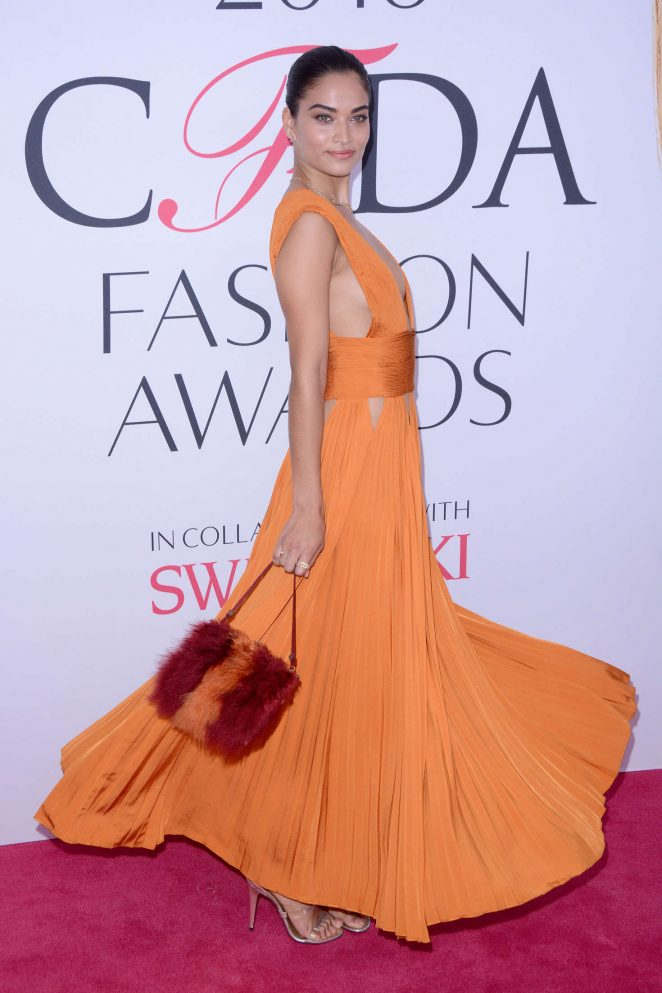 Shanina Shaik – 2016 CFDA Fashion Awards in New York