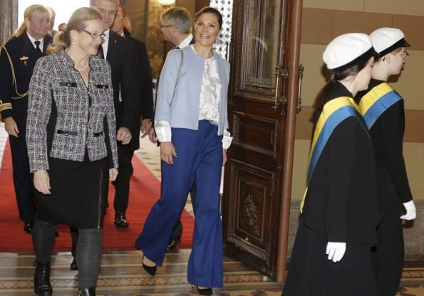 Crown Princess Victoria wore Rodebjer blouse and the Rodebjer Simone blue pants. By Malene Birger short coat