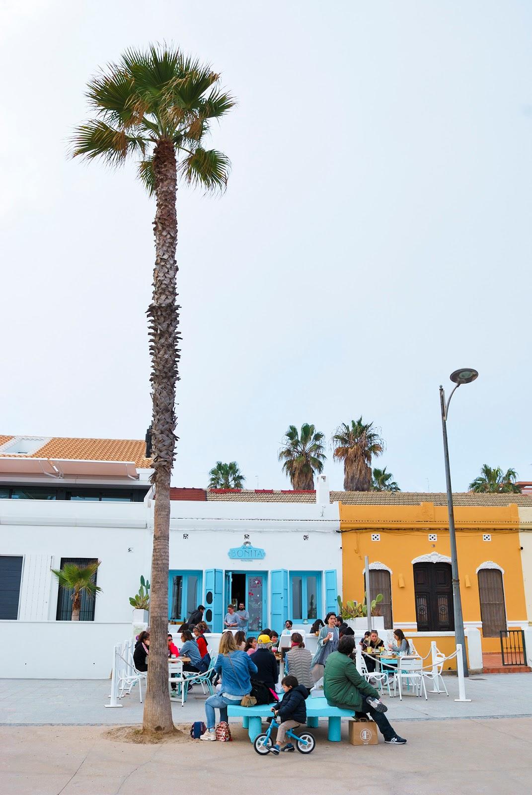 la mas bonita patacona playa beach valencia donde comer where to eat