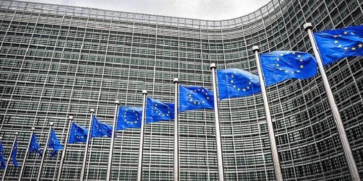 Ευρωπαϊκή Επιτροπή: «Πράσινο φως» για δύο μεγάλα έργα 230 εκατ. ευρώ στην Ελλάδα