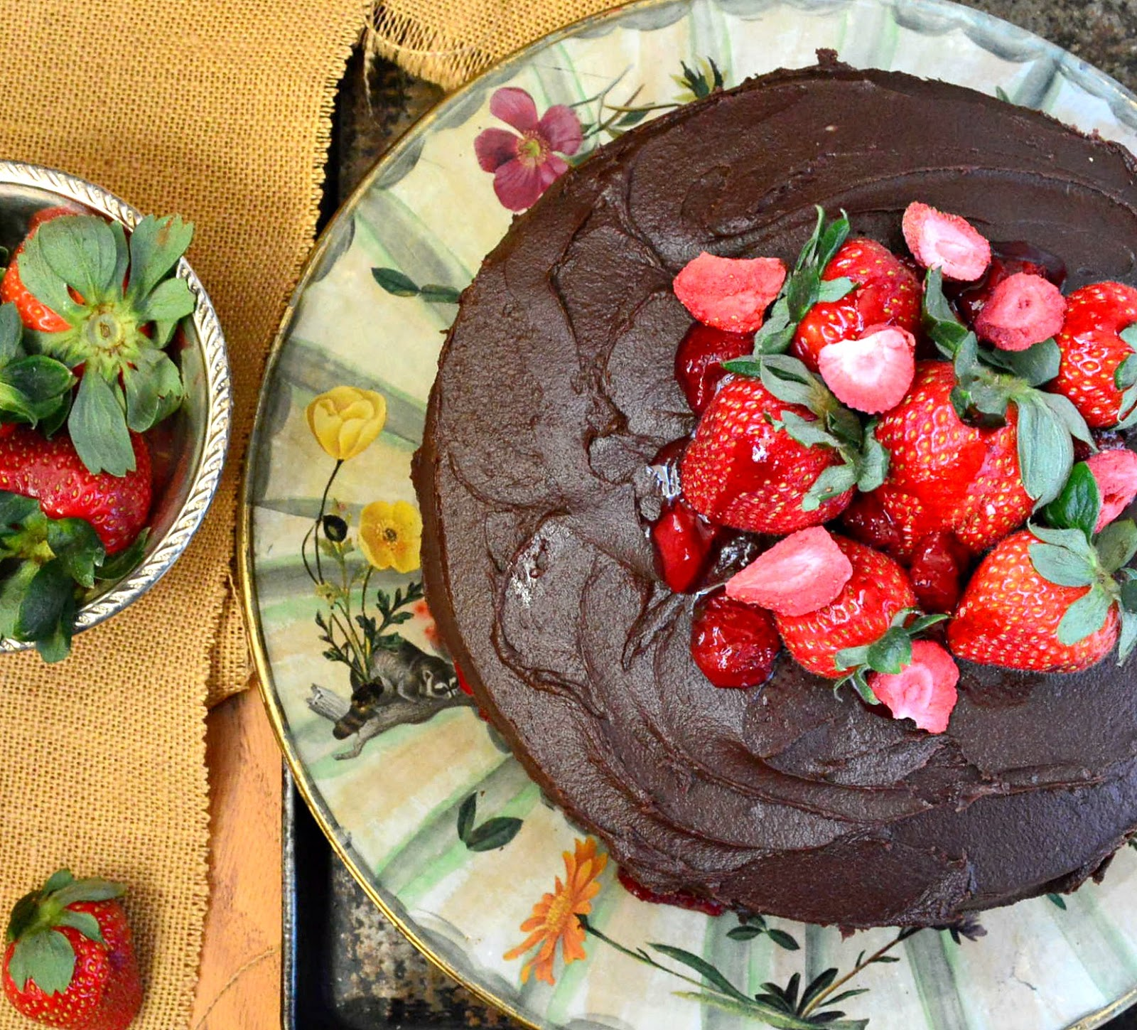 Chocolate Red Wine Cake is perfect for Spring. Filled with strawberries, this cake will soon be a classic! #ChocolateCake www.thisishowicook.com