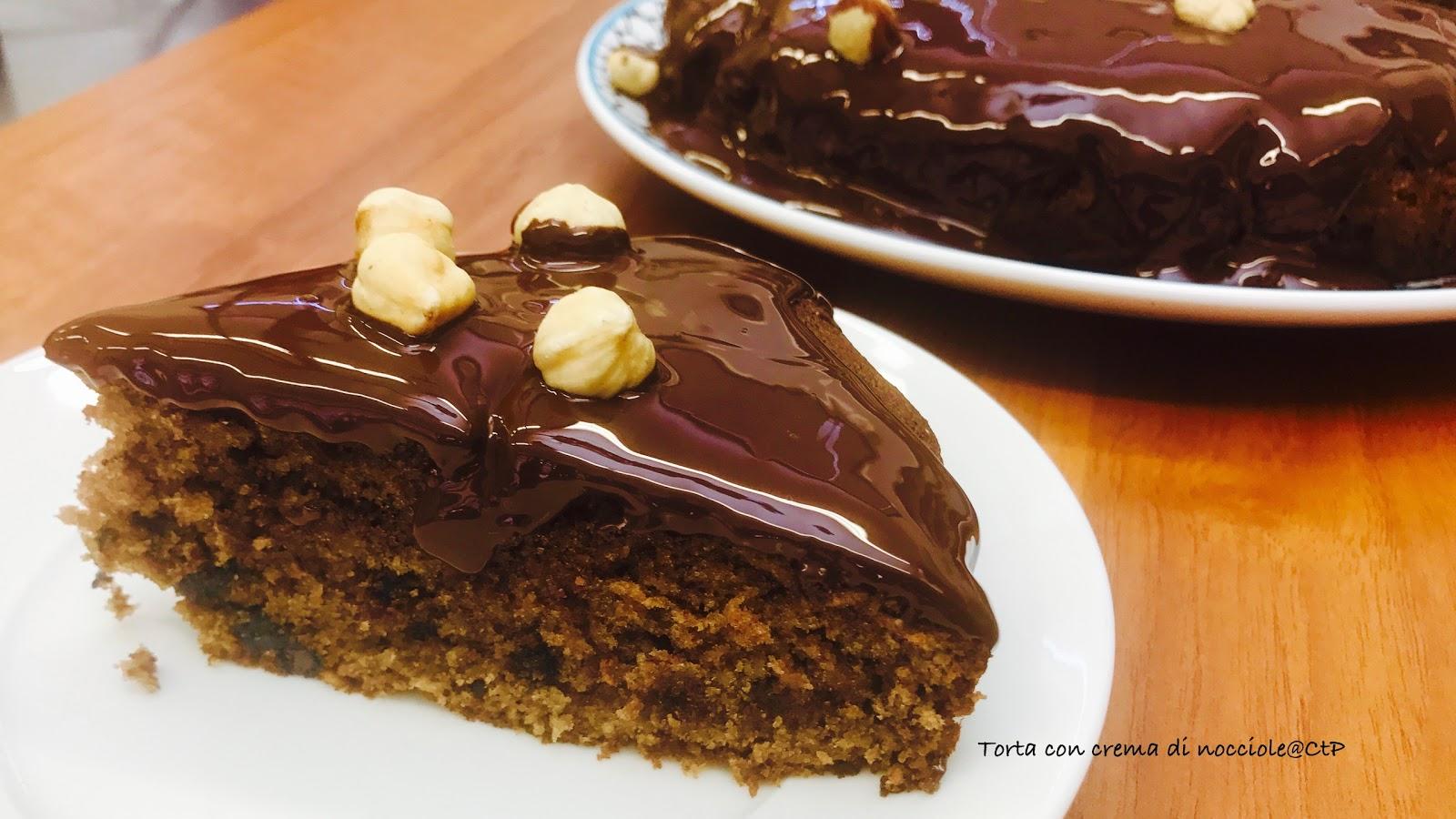 torta con crema di nocciole alessandra ruggeri