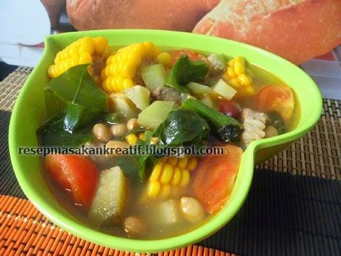 Menu kuliner sayuran berkuah yummy dengan rasa asam sebagai ciri khasnya merupakan menu  RESEP SAYUR ASEM JAWA