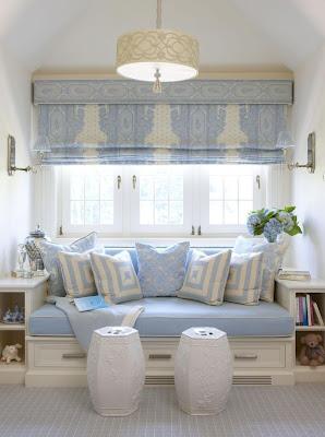 Boiserie c 55 trucchi per arredare mini camere da letto - Piccola camera da letto ...