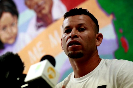 تارودانت24 - من رحم المعاناة ... نازح هندوراسي يسرد قصته
