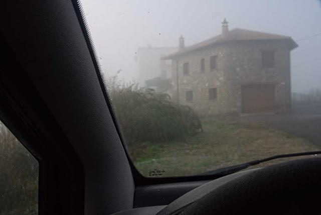 Día de niebla desde el coche