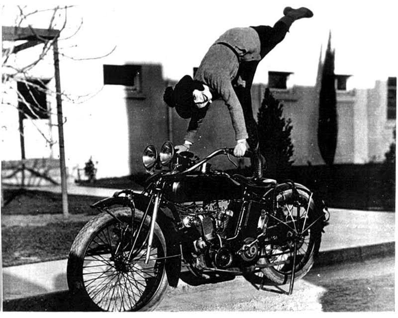 Biker Girl Wallpaper Amazing Vintage Photos Of Early Women Motorcycle Stunters