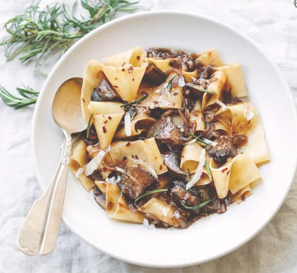 PAPPARDELLE PASTA WITH PORTOBELLO MUSHROOM RAGU  #vegetarian #pasta