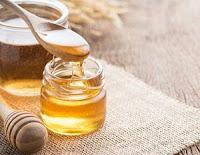 5 Cara Alami Menghilangkan Luka Bekas Operasi Caesar - madu
