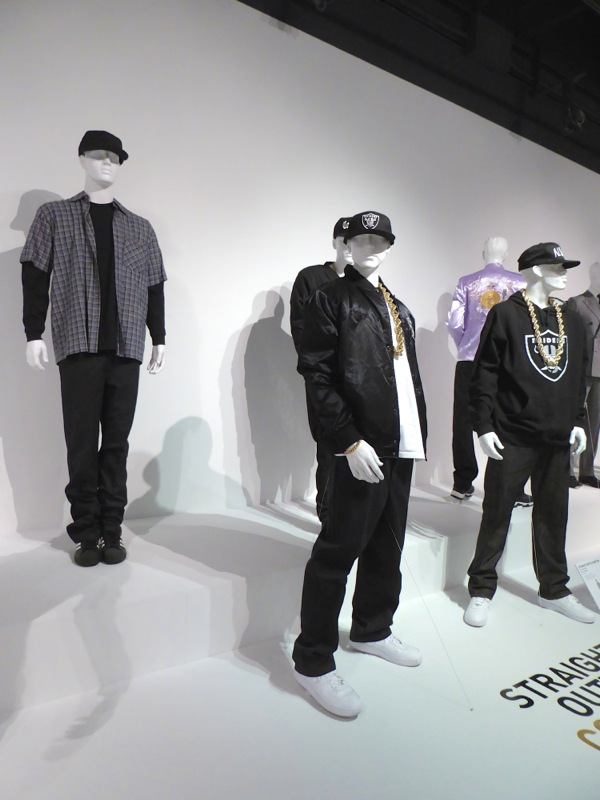 Straight Outta Compton film costumes