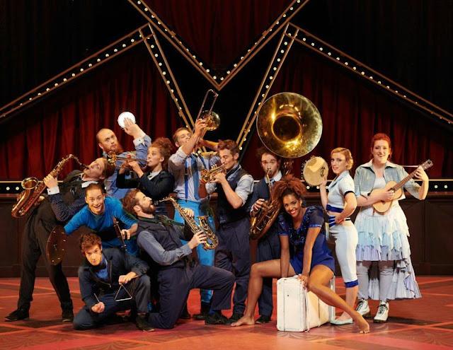 Cirque Eloize Hotel Cast Foxwoods Resort Casino
