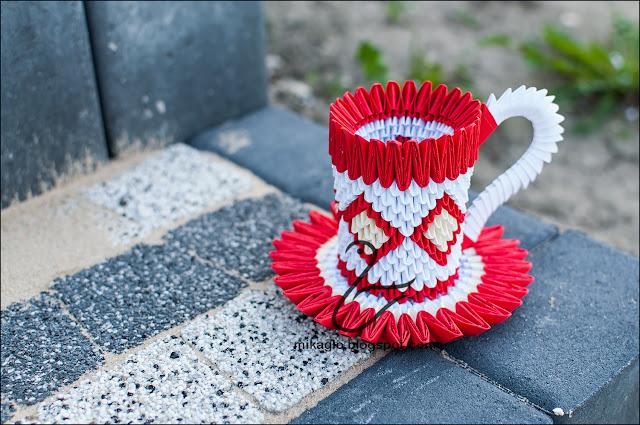 669. Filiżanka z origami w czerwieni / 3d origami red cup