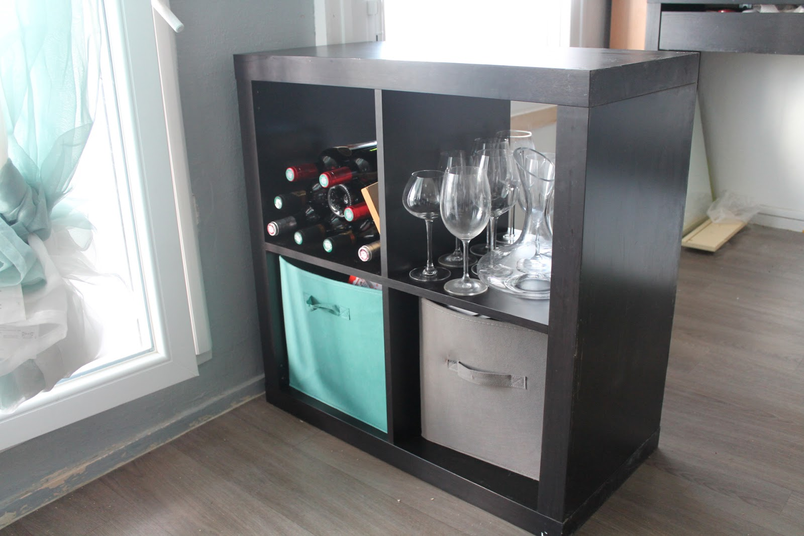 transformer un meuble ikea en bar. Black Bedroom Furniture Sets. Home Design Ideas