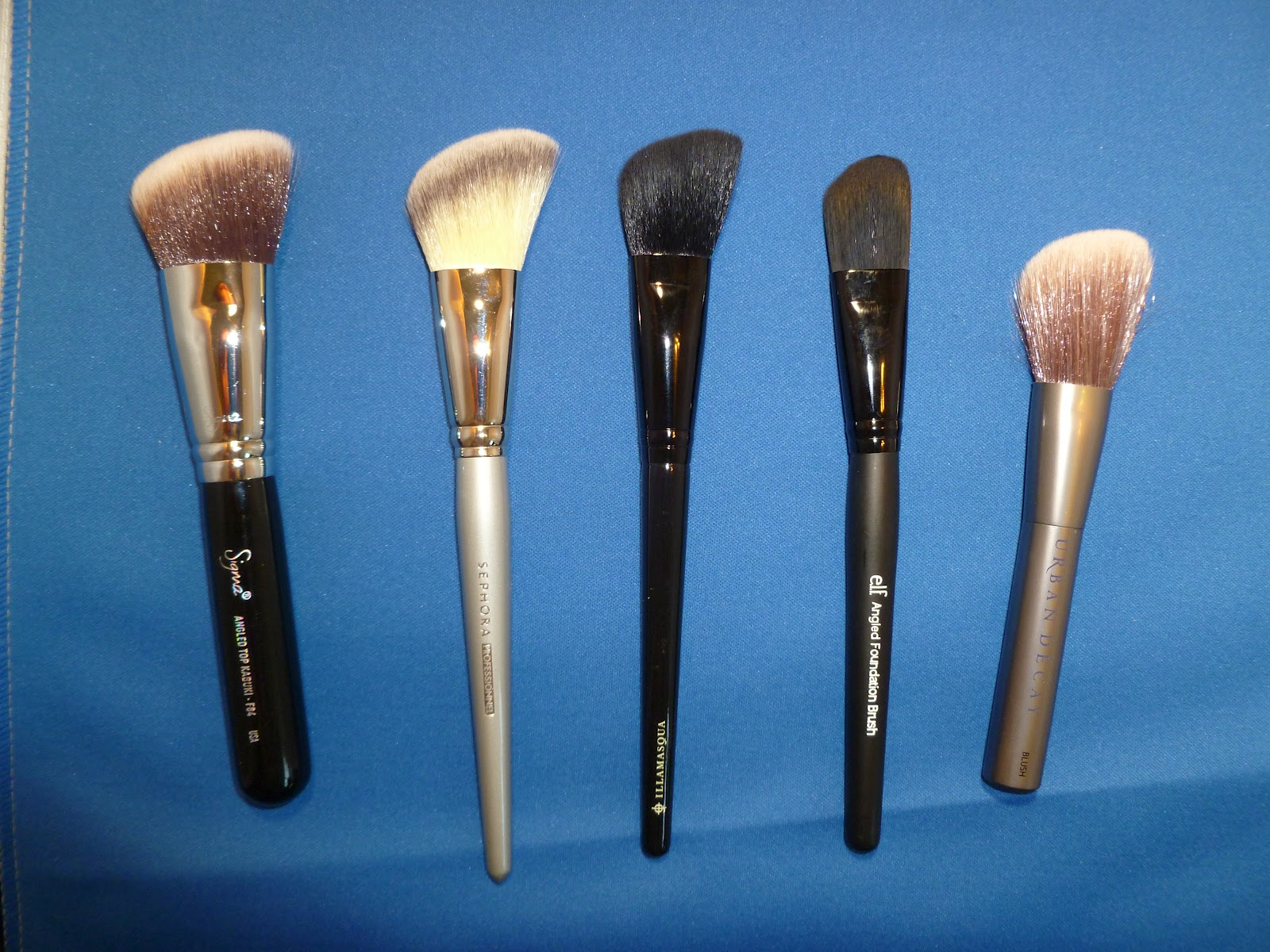 Pro Angled Blush Brush #49 by Sephora Collection #5