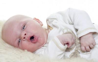 Penyebab Cegukan Pada Bayi dan Pengobatannya