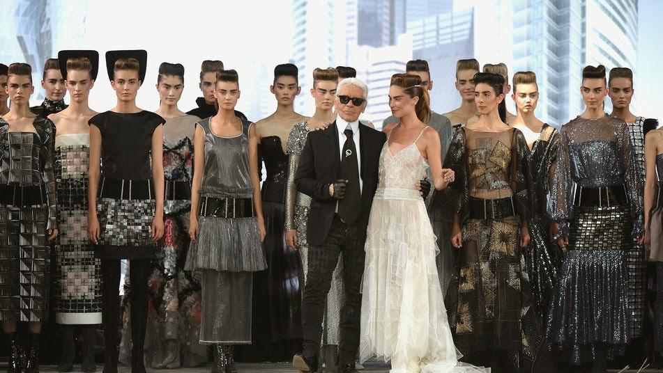 8faebe547 La alta costura es el medio que permite a los diseñadores expresar su  creatividad