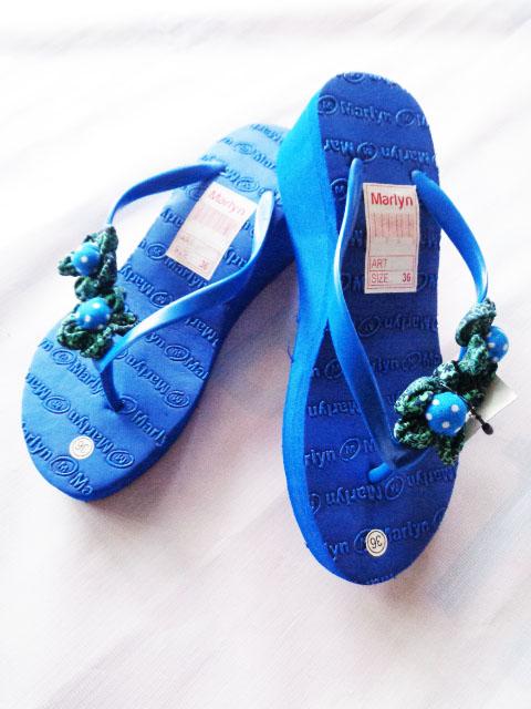 sandal spon hak tinggi marlyn bunga Biru