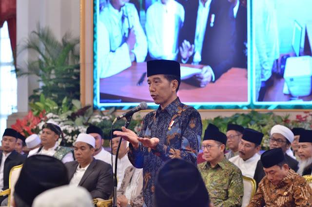 Selain Bank Wakaf Mikro, Presiden Akan Bangun Balai Latihan Kerja di Pondok Pesantren