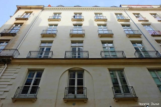 1 Rue Suffren