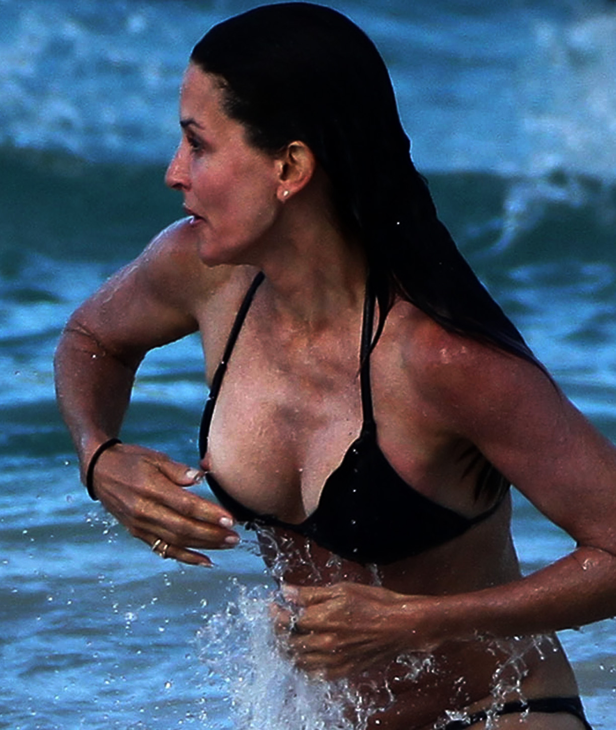 Remarkable nude photos of courtney cox hope, it's