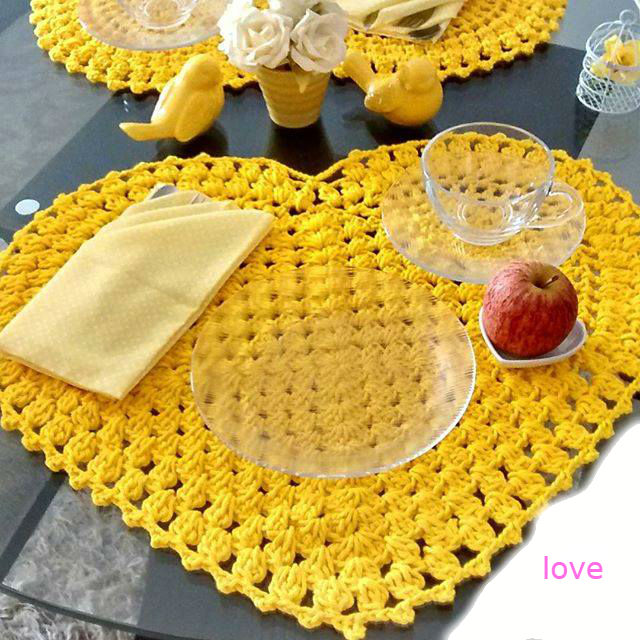 Standard yellow heart set on crochet with graphic