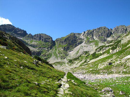 Szlak przez Dolinkę za Mnichem.