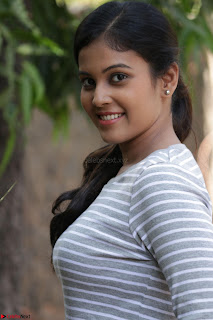 Actress Chandini in ed Tight Top at Ennodu Yilayadu tamil movie press meet ~  23.jpg